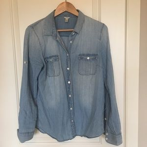 J. Crew light wash chambray shirt sz 10